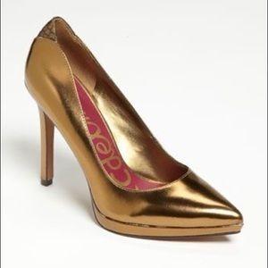 Sam Edelman Celia Gold Pumps